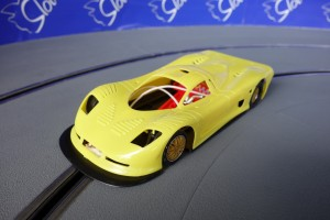 Mosler MT900R EVO5 TRIA AW Yellow Kit