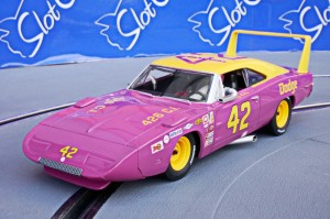 Dodge Charger Daytona #42