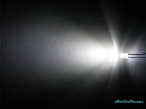 """LED 3mm Xenon-weiß klar => """"Stück"""""""