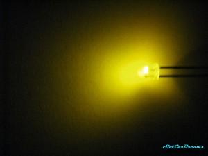 "LED 3mm Gelb ""Blinkend"" diffus => ""Stück"""
